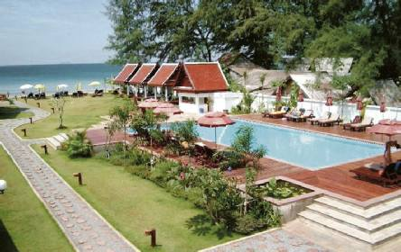 Royal lanta resort koh lanta holidays to koh lanta from for Escape cabins koh lanta