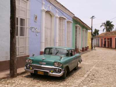 Escorted touring holidays to Cuba
