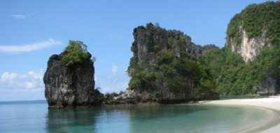 Holidays to Thailand - Krabi's beautiful coastline