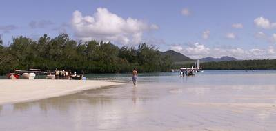 Special offers on holidays to Mauritius, beach holidays to Mauritius