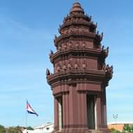 Holidays to Cambodia - Independence Monument, Phnom Penh