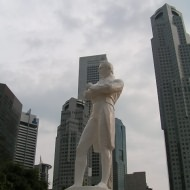 Holidays to Singapore - Raffles statue