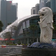 Holidays to Singapore - Merlion and the SIngapore River