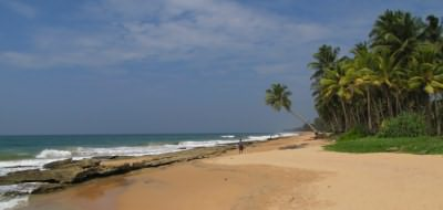 Follow a tour of Sri Lanka with time on the beach
