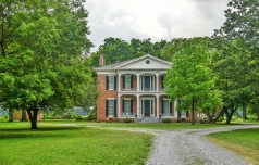 Holidays to the Belmont Plantation, Greenville