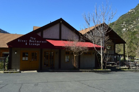 Holidays to the Yosemite View Lodge