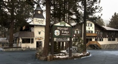 Holidays to the Alpenhof Lodge, Mammoth Lakes, USA