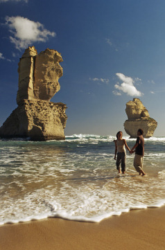 Holidays to Australia with Escape Worldwide - Great Ocean Road (copyright Tourism Australia)