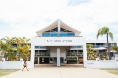 Holidays to the Lord Byron Byron Bay Australia