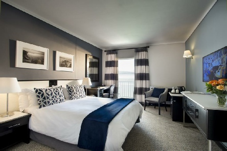 Holiday to the Commodore Hotel, Cape Town, South Africa