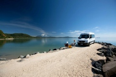 Holidays to Australia with Escape Worldwide - Rocky Point QLD (copyright Tourism Port Douglas and Daintree)