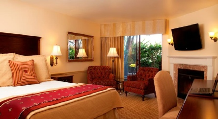 Holidays to the Victorian Inn, Monterey, USA
