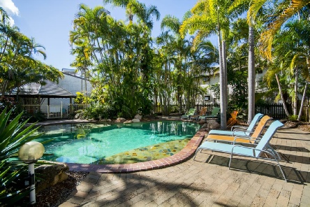 Holidays to the Beach Motel Hervey Bay Queensland Australia