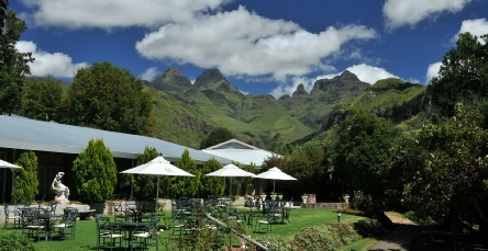 Holiday to the Cathedral Peak, Drakensberg Mountains South Africa